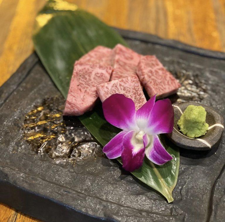 最高級黒毛和牛にワイン&日本酒で最高の時間を「焼肉レストラン 慶州」